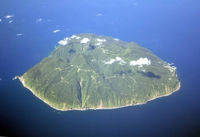 御蔵島へ、行くら~その③「フカセ釣りは不発」